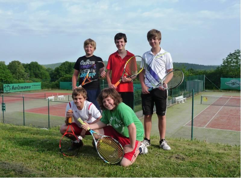 Tennis: Junioren schlagen sich wacker in Haiterbach